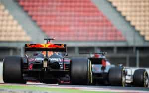 Haas and Red Bull F1 2017 testing Foto XPB