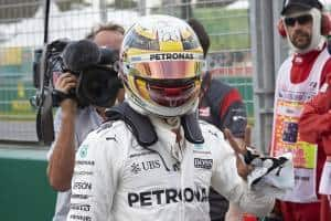 Hamilton Australian GP F1 2017 Mercedes after qualifying Foto Daimler