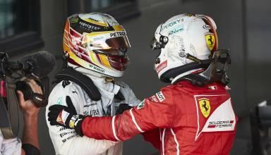 Hamilton Vettel post Australian GP F1 2017 Foto Daimler