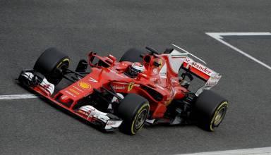 Kimi Raikkonen Ferrari SF70H Barcelona test main straight Foto Ferrari