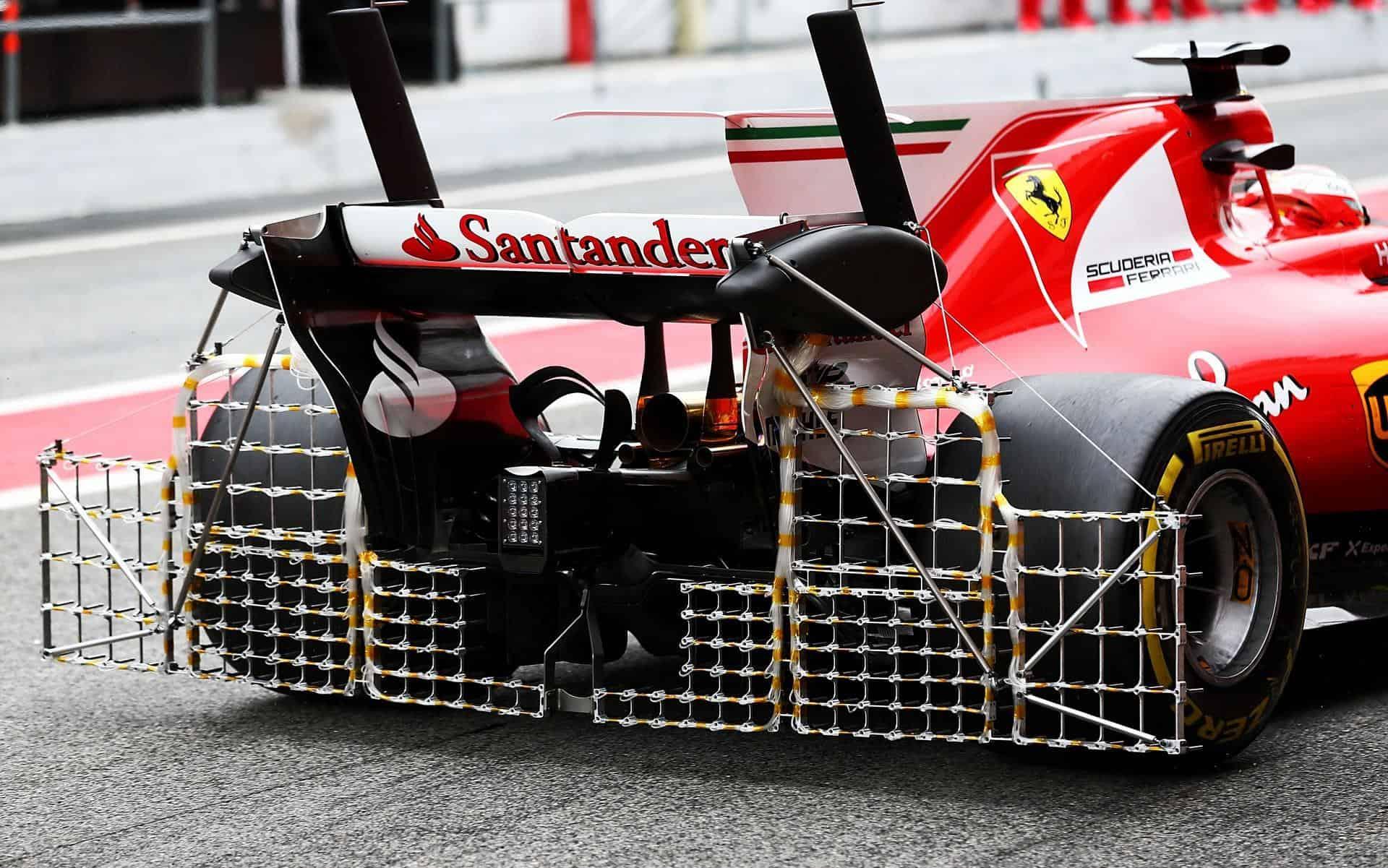 Raikkonen Ferrari Sf70h Barcelona Test F1 2017 Foto Xpb