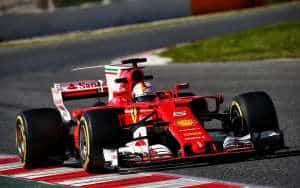 Vettel Ferrari SF70H F1 2017 testing soft Pirelli Foto Ferrari