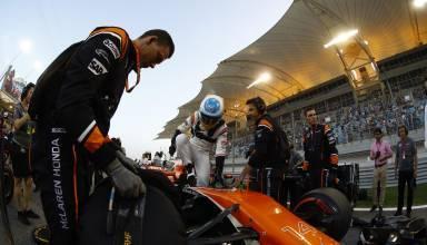 ALonso on the starting grid McLaren Honda Foto McLaren