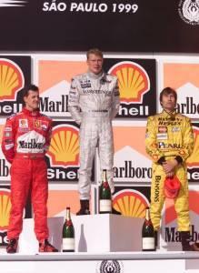 Brazilian GP F1 1999 podium Hakkinen Schumacher Frentzen Foto Twitter