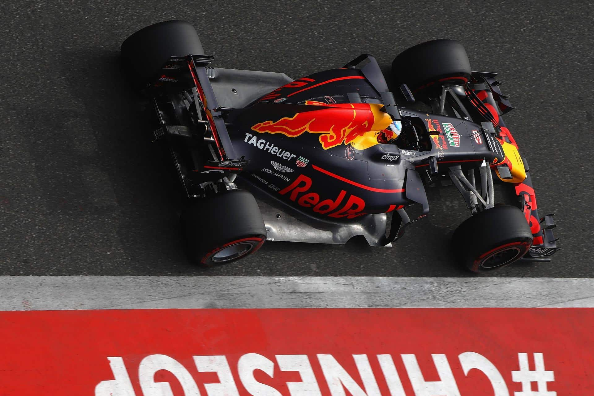 Ricciardo Red Bull Chinese GP F1 2017 Foto Red Bull