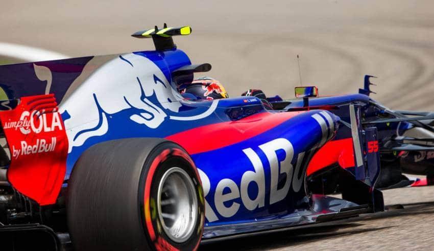 Sainz Toro Rosso Chinese GP F1 2017 FOto Red Bull