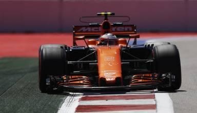Vandoorne Russian GP F1 2017 kerb McLaren Honda Foto McLaren