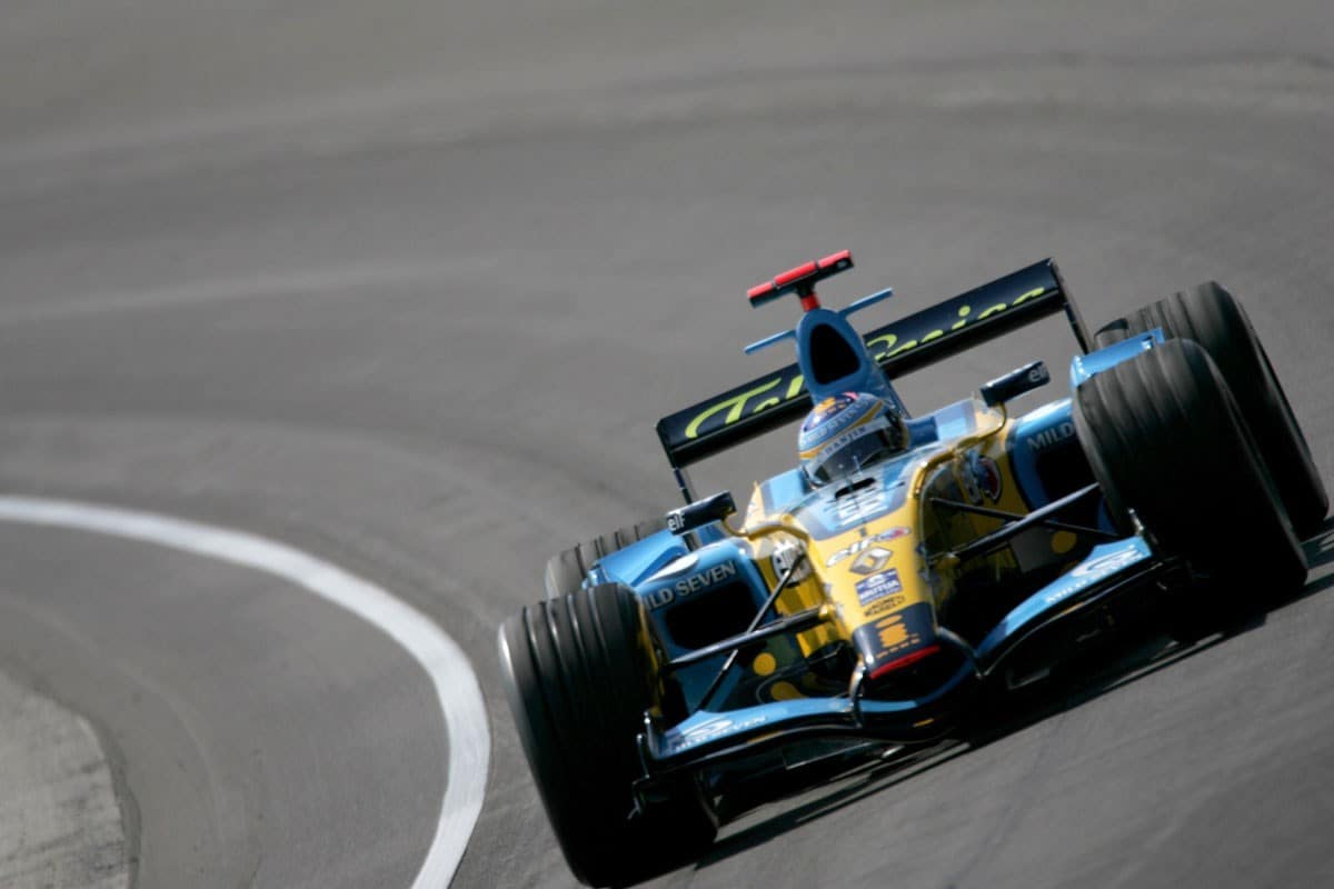 alonso indianapolis renault r26 banking
