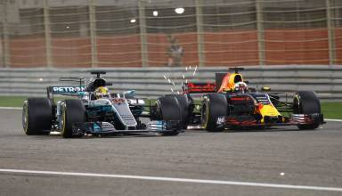 hamilton ricciardo bahrain f1 2017 foto daimler