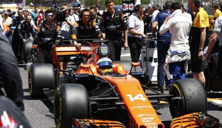 Alonso Barcelona F1 2017 grid Photo McLaren