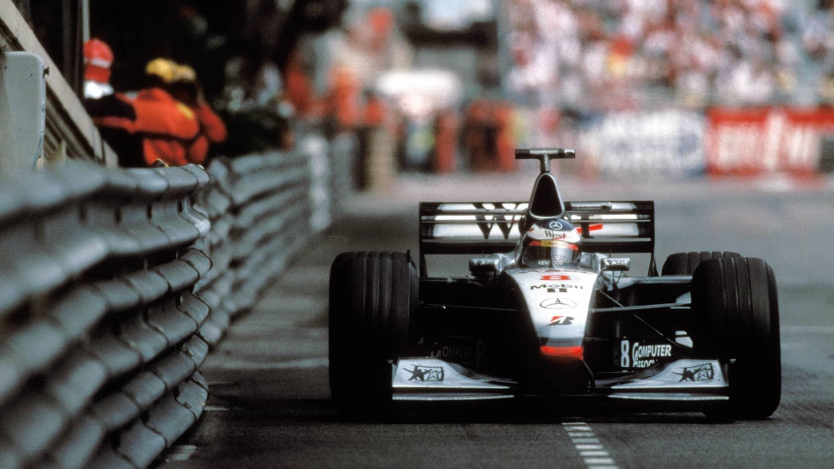 Hakkinen McLaren MP4-13 Monaco GP F1 1998 FOto McLAren