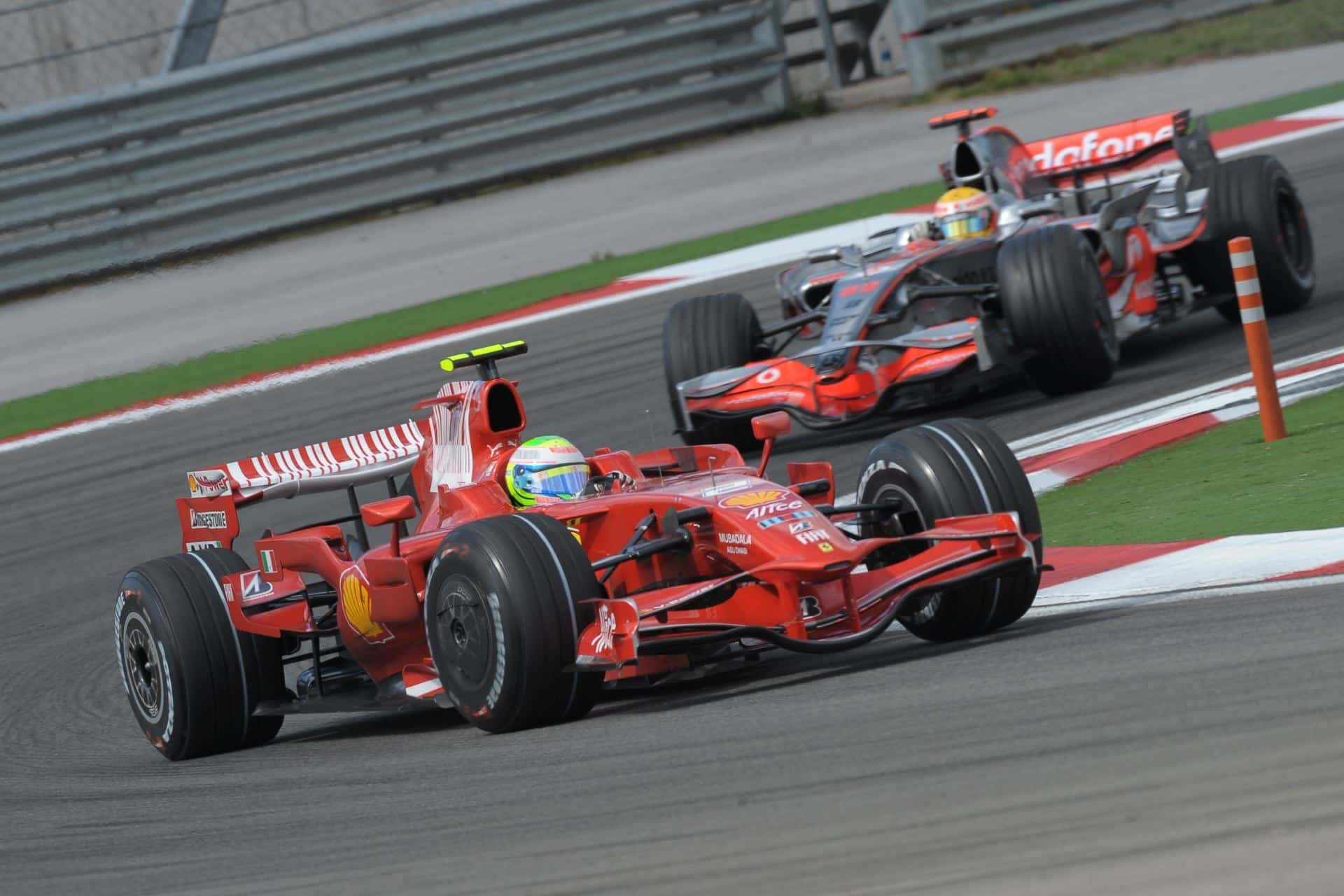 Massa leads Hamilton Turkish GP F1 2008 Foto Ferrari