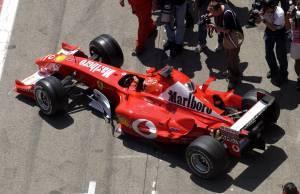 Michael Schumacher Ferrari F2003GA Spanish GP F1 2003 garage exit Foto Ferrari