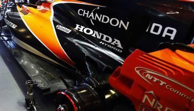 McLaren Honda MCL32 garage rear Azerbaijan GP F1 2017 Photo McLaren