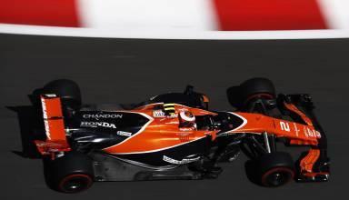 Vandoorne McLaren Honda Azerbaijan F1 2017 Photo McLaren