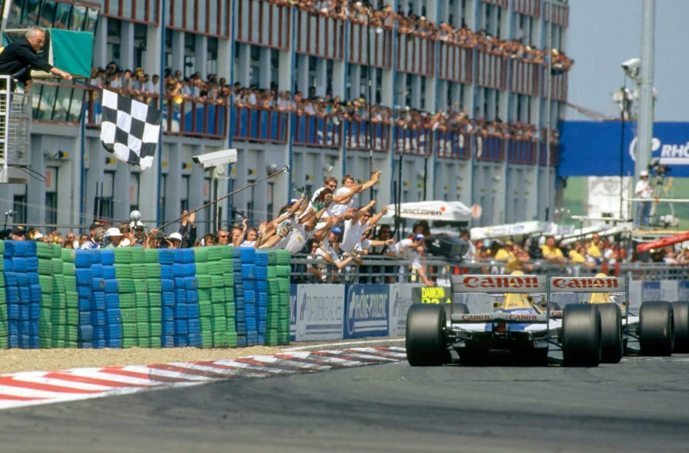 Alain Prost Damon Hill Williams French GP F1 1993 finish line Photo Williams