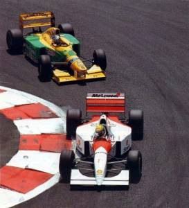 Ayrton Senna leads Michael Schumacher French GP F1 1993 Magny Cours Photo Twitter