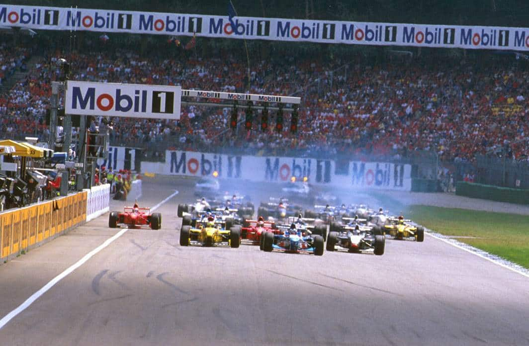 German GP F1 1997 Start Photo twimg-com