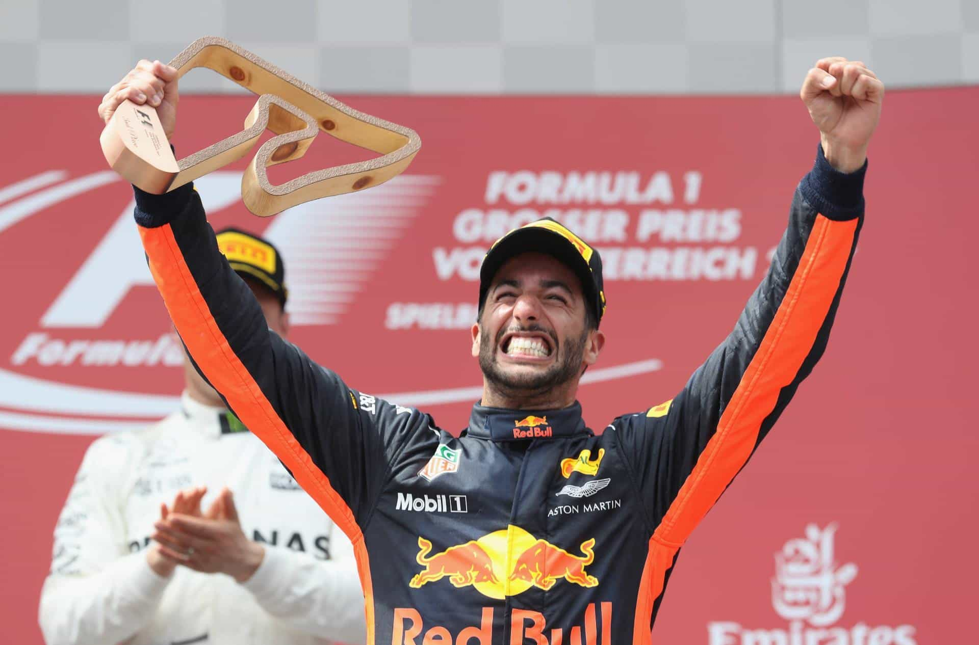 Ricciardo Austrian GP F1 2017 podium Photo Red Bull