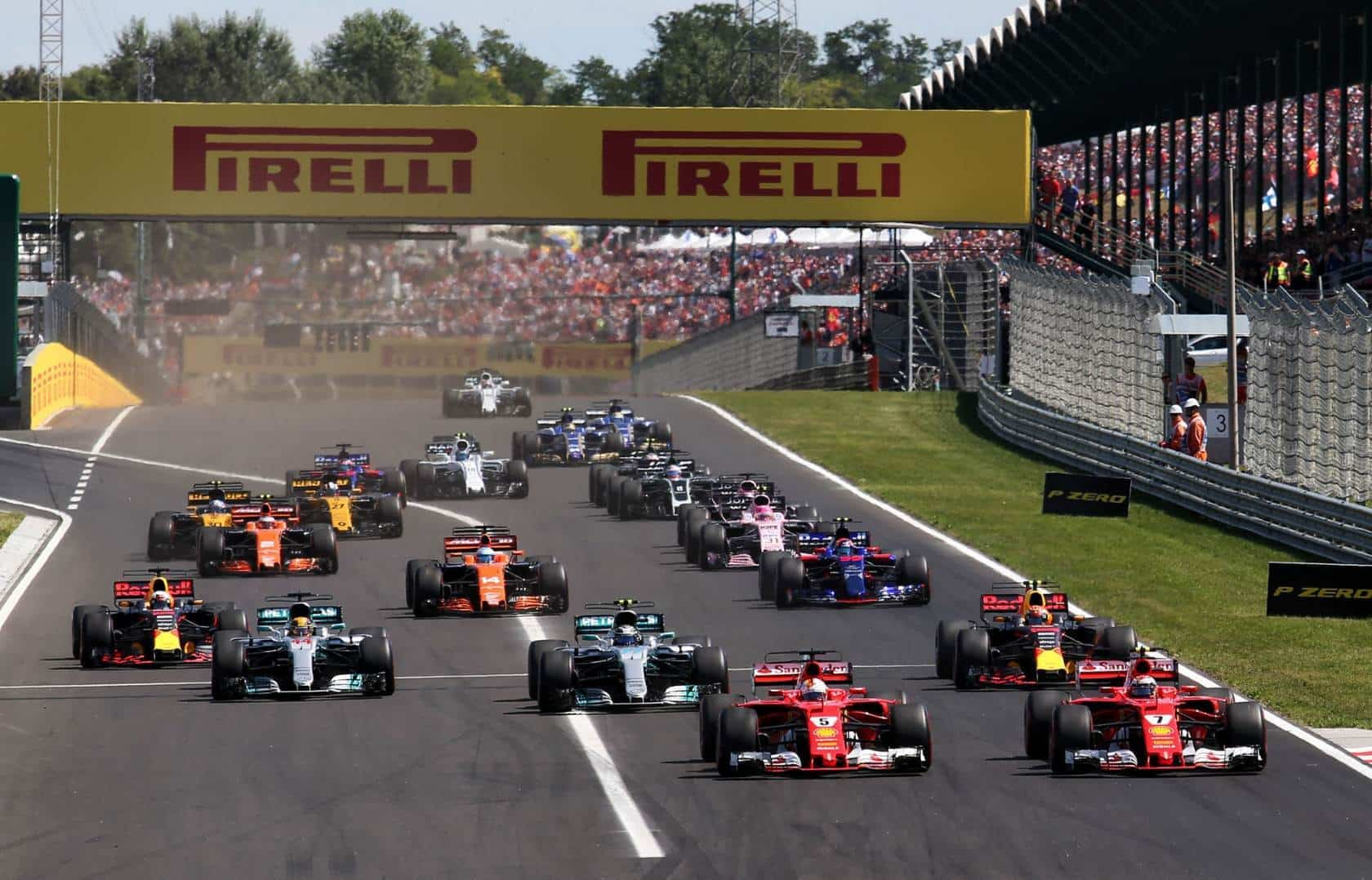 Start of the Hungarian GP F1 2017 Photo XPB