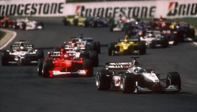 Hungarian GP F1 2000 first lap start second corner Photo Grandprix-com