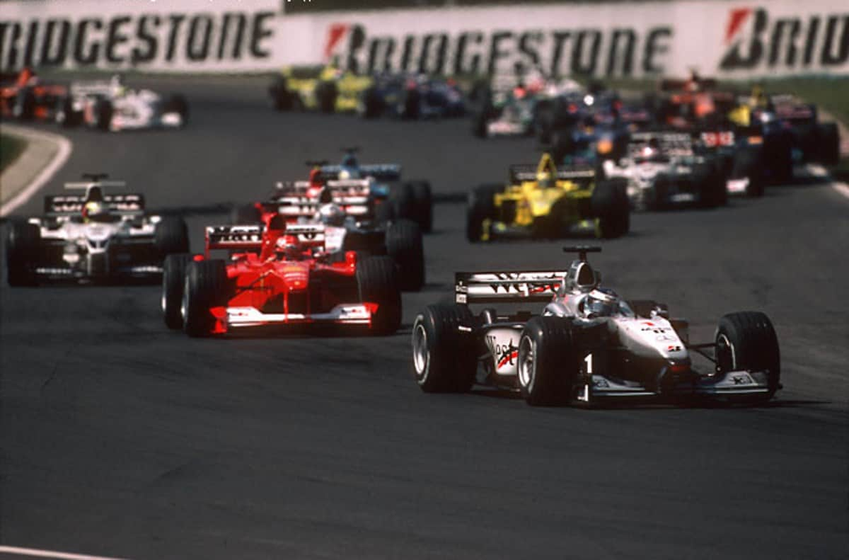 Hungarian GP F1 2000 first lap start second corner Photo Grandprix-com
