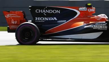 McLaren Honda MCL32 F1 2017 rear end Vandoorne photo McLaren