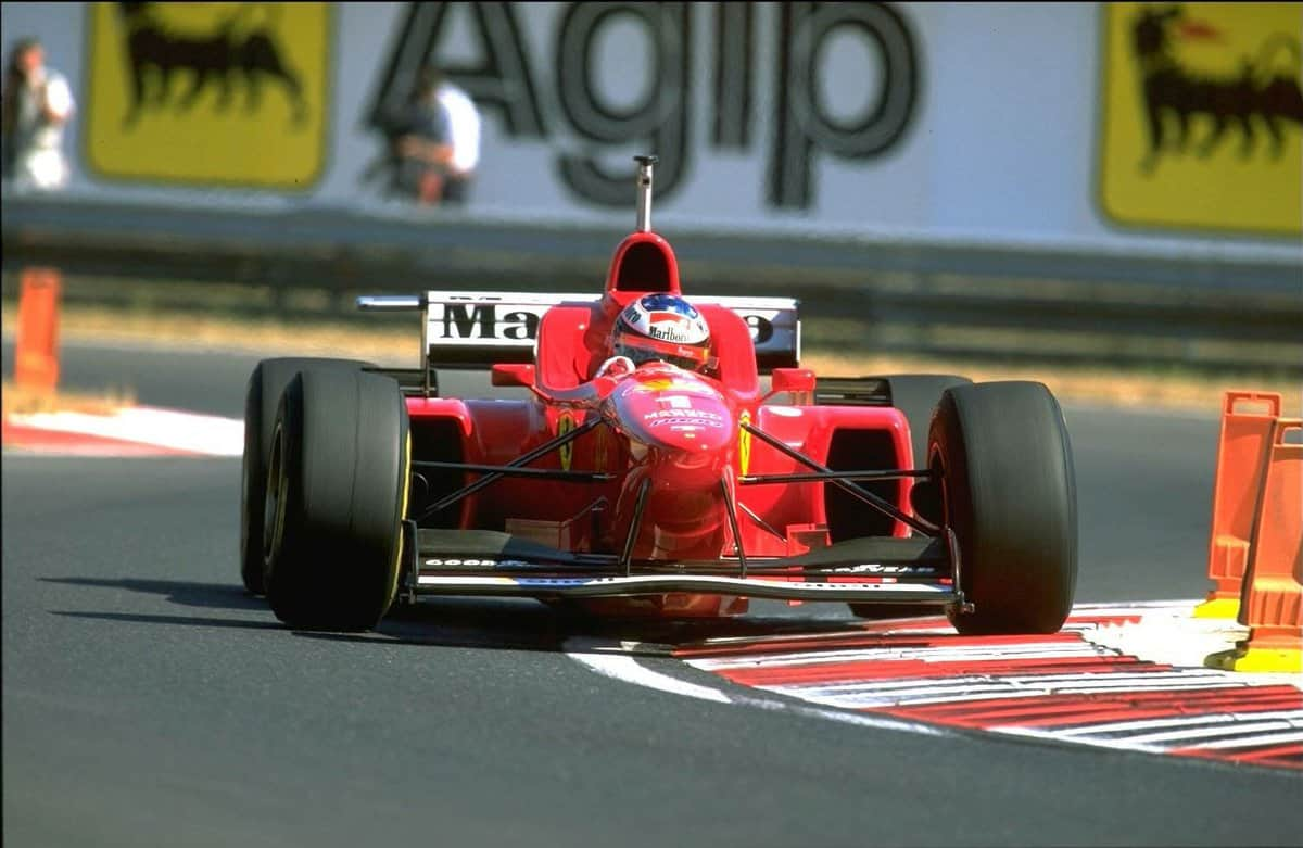 Michael Schumacher Hungarian GP F1 1996 chicane Photo Twitter