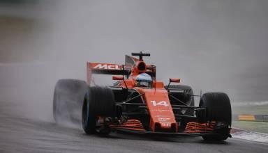 Alonso McLaren Honda Italian GP Monza F1 2017 wet Photo McLaren