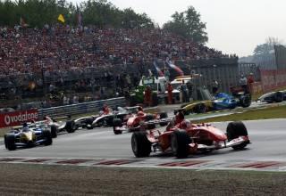 Barrichello leads Italian GP Monza F1 2004 Photo Ferrari