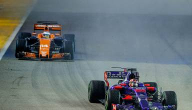 Sainz leads Alonso Singapore F1 2017 Photo Red Bull