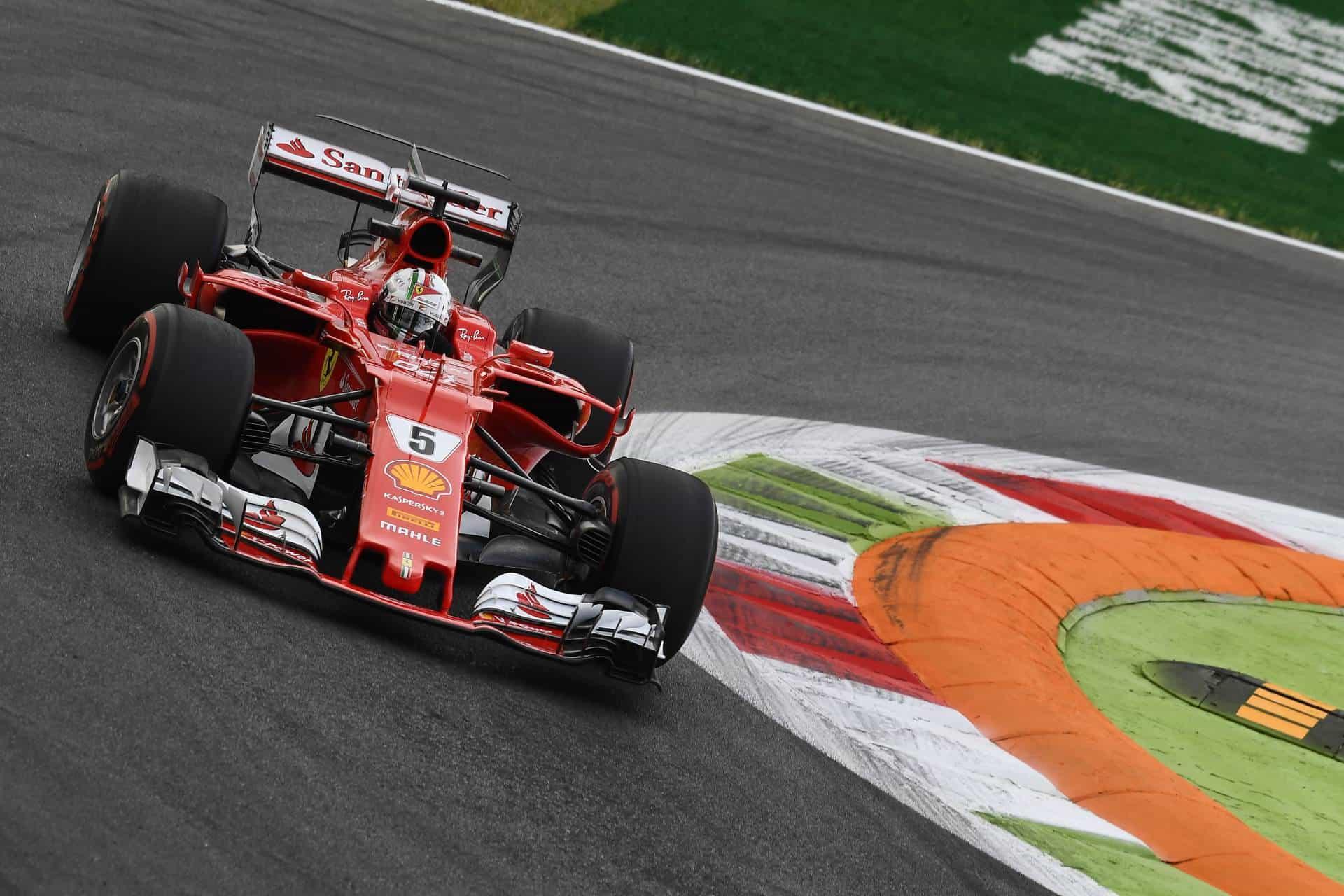 Vettel-Ferrari-SF70H-Italian-GP-F1-2017-Monza-first-chicane-Photo-Ferrari