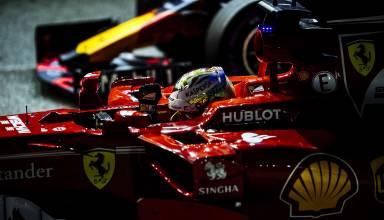 Vettel Ferrari Singapore F1 2017 parc ferme post qualy Photo Ferrari