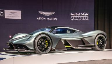 aston-martin-am-rb-001-hybrid-in-toronto Photo Red Bull