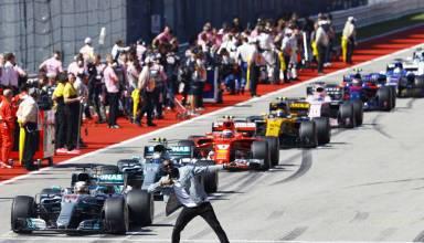 Bolt USA GP Austin F1 2017 pitlane cars Photo Pirelli