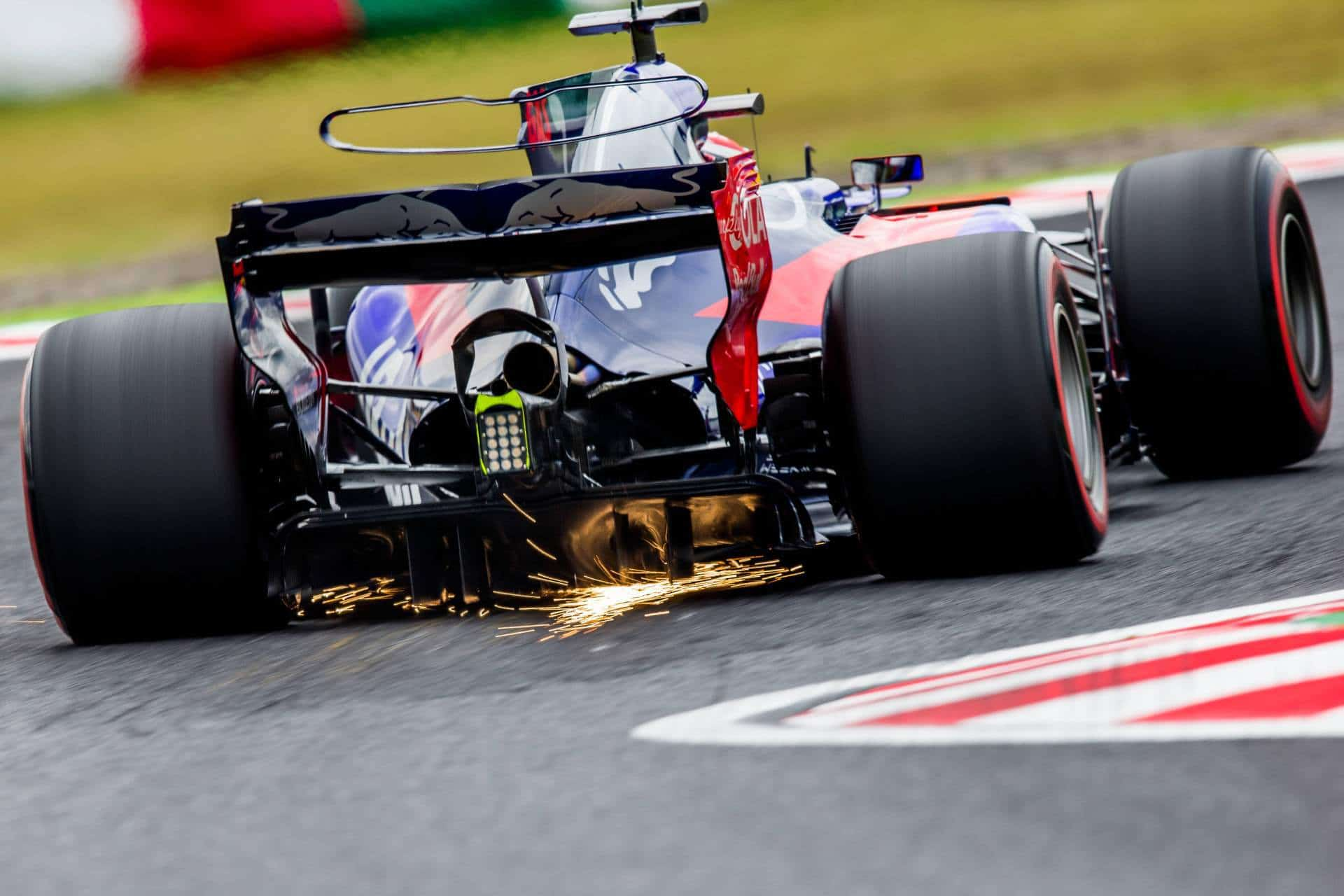 Gasly Toro Rosso Japanese GP F1 2017 Suzuka Photo Red Bull