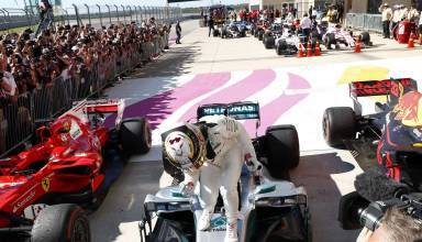Hamilton Austin F1 USA GP 2017 parc ferme Photo Daimler