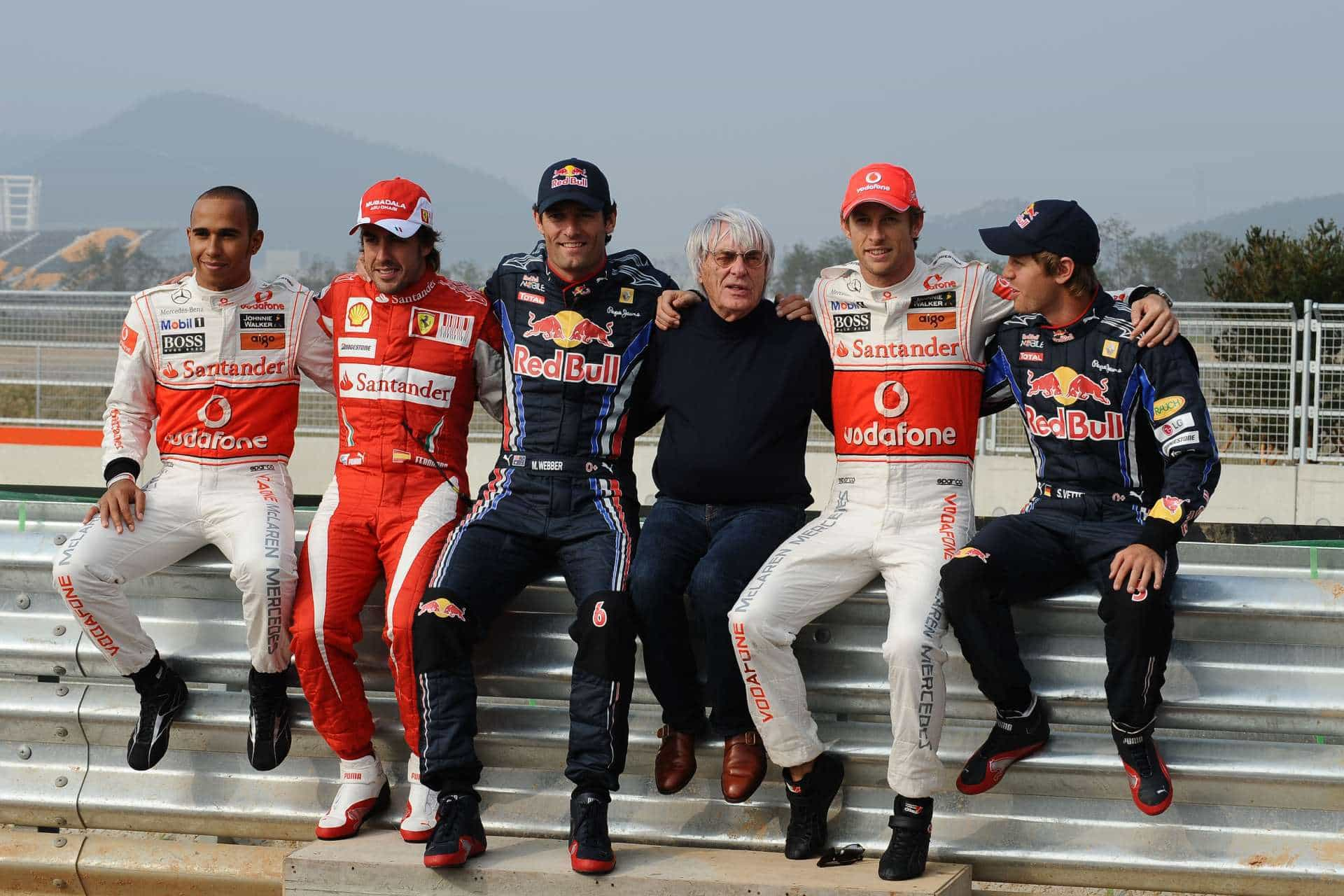 Korean GP F1 2010 Hamilton Alonso Webber Ecclestone Button Vettel Photo Ferrari