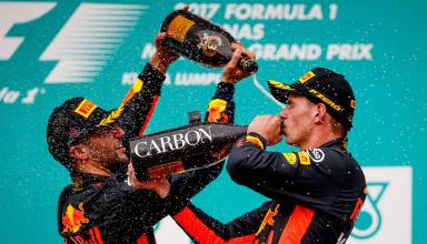Malaysian GP F1 2017 podium Verstappen Ricciardo Photo Red Bull