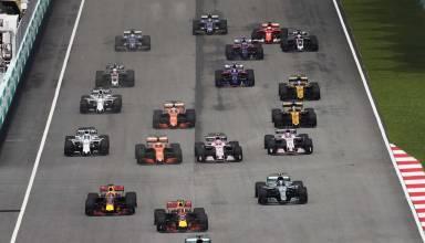 Malaysian GP F1 2017 start top view Photo Pirelli