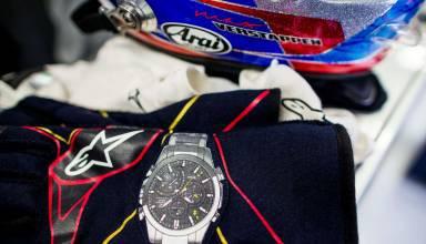 Verstappen Toro Rosso gloves F1 2015 Photo Red Bull