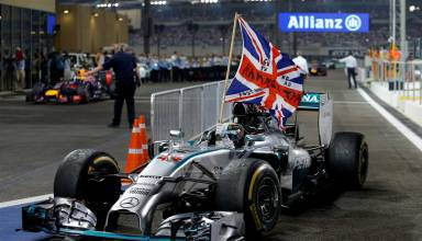 Hamilton Abu Dhabi F1 2014 win flag Photo Daimler