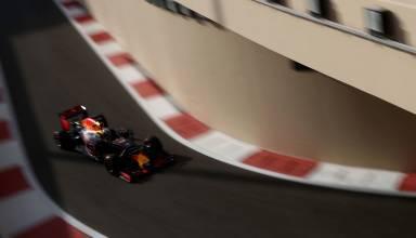 Ricciardo Abu DHabi F1 2016 pit exit Photo Red Bull