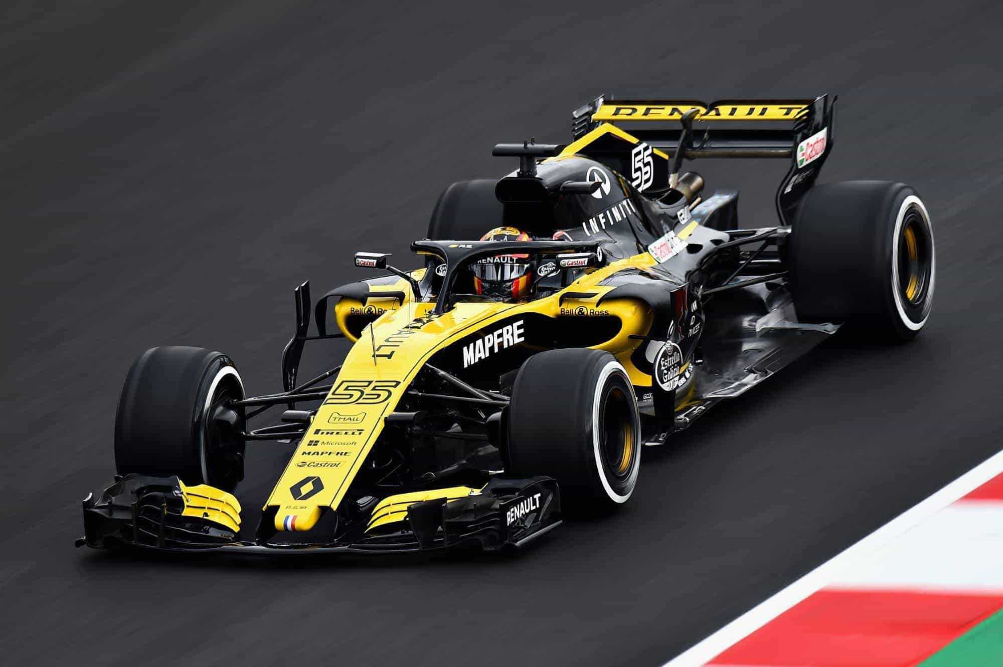 Carlos Sainz Renault RS18 Barcelona day 1