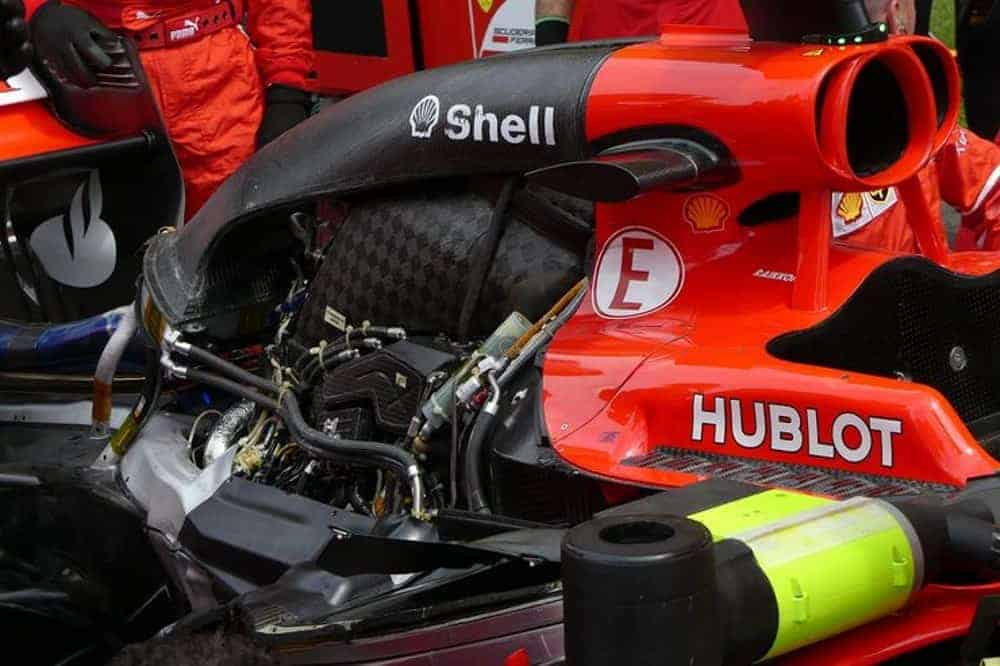 Ferrari-SF70H-Malaysian-GP-F1-2017-engine-cover-off-Photo-Ferrari-Auto-Motor-und-Sport