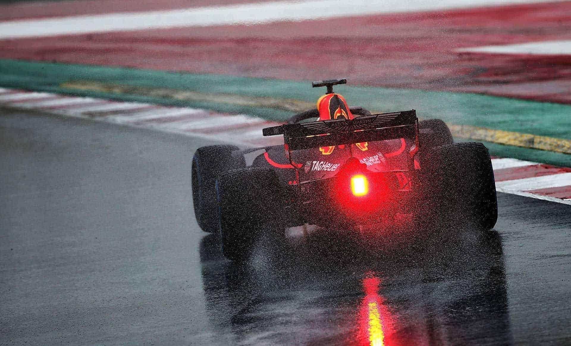 Ricciardo Red Bull RB14 Day 3 Barcelona F1 2018