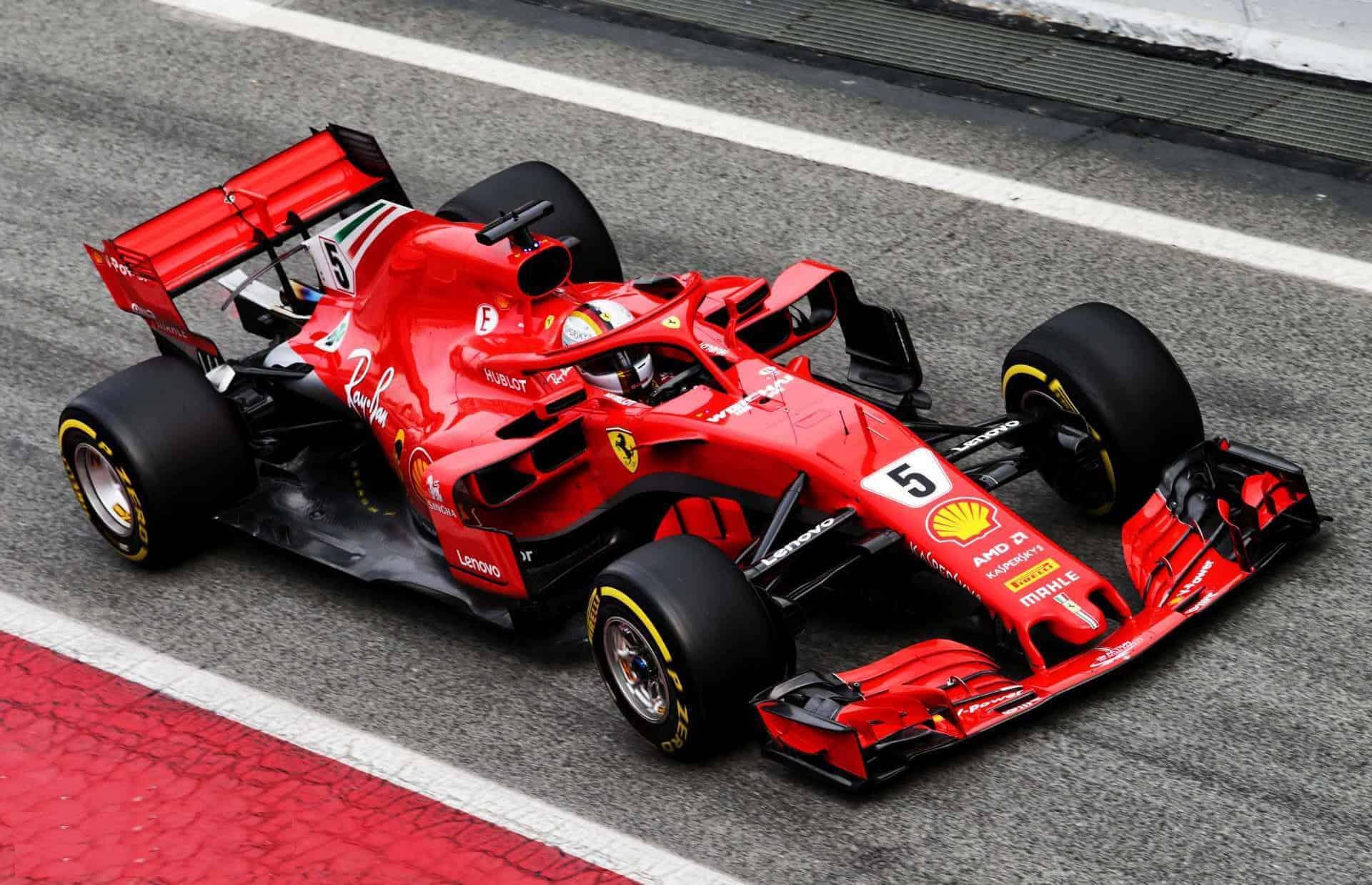 Vettel Ferrari SF71H Barcelona F1 2018 pitlane