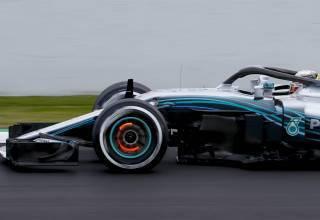Mercedes W09 F1 2018 brake glow medium tyres Photo Daimler