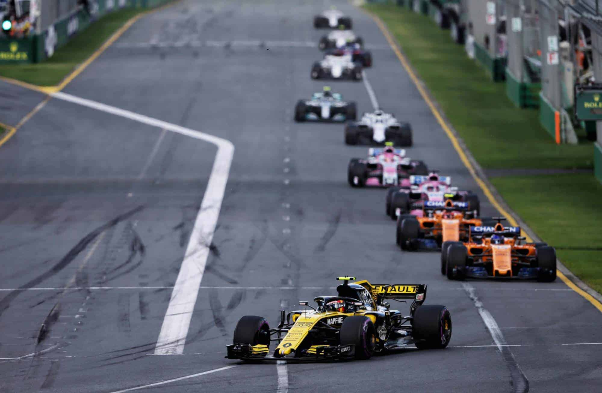 Sainz leads Alonso Australian GP F1 2018 Photo Renault