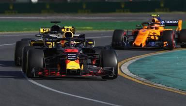 Verstappen leads Hulkenberg and Vandoorne Australian GP F1 2018 Photo Red Bull